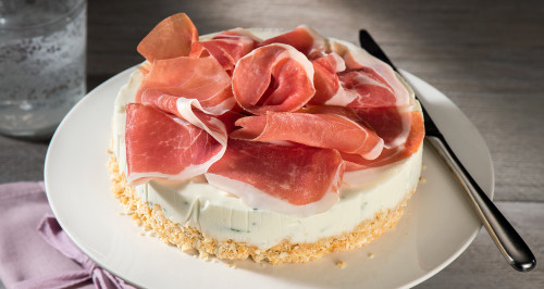 SAVOURY CHEESECAKE WITH STRACCHINO AND SAN DANIELE HAM
