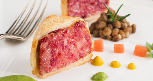 COTECHINO IN PUFF PASTRY CRUST WITH LENTILS