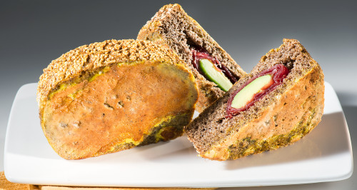 MANGO-FLAVOURED BUCKWHEAT EGGY BREAD STUFFED WITH BRESAOLA AND AVOCADO