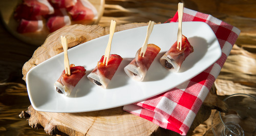 SPECK AND PRUNE SKEWERS