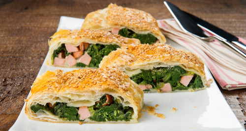 SAVOURY STRUDEL WITH FRANKFURTER AND HERBS