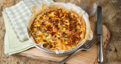 SAVOURY PIE WITH FRANKFURTERS, MUSHROOMS AND GRUYÈRE