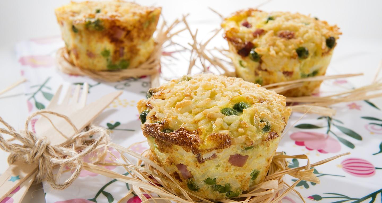Gepunktete Reistörtchen mit gekochtem Schinken