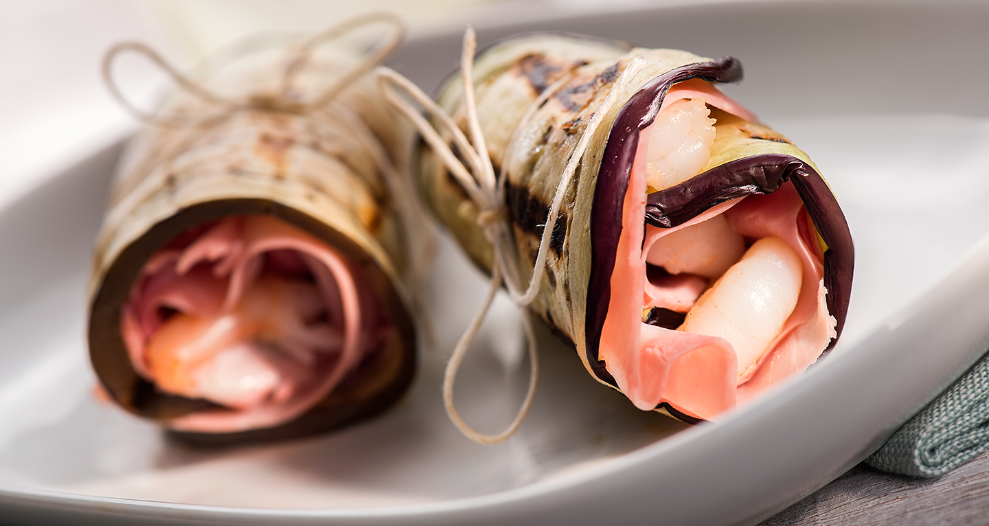 AUBERGINE AND SHRIMP ROLLS WITH COOKE HAM