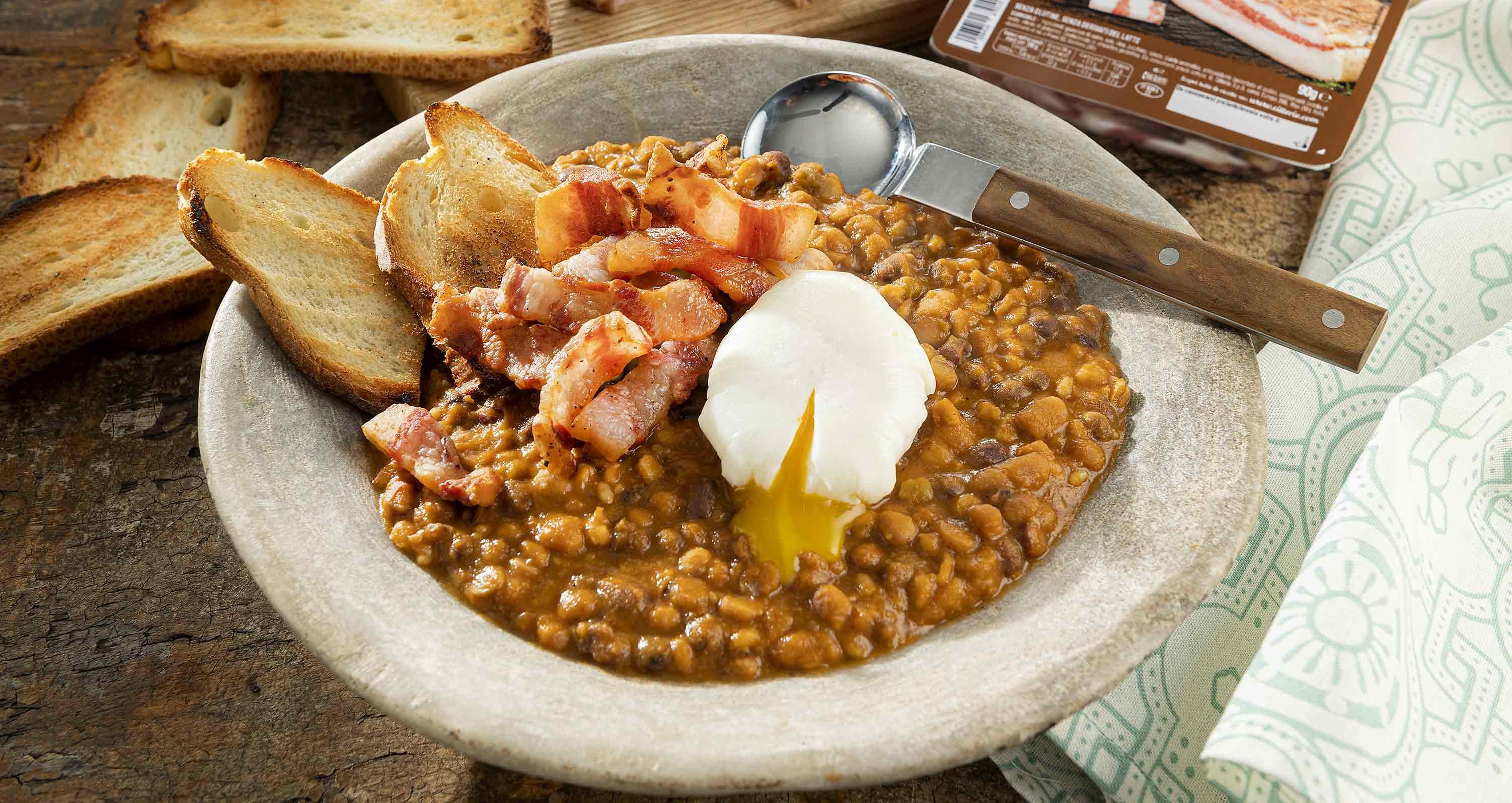 zuppa-di-legumi-uovo-poche-e-guanciale-low.jpg